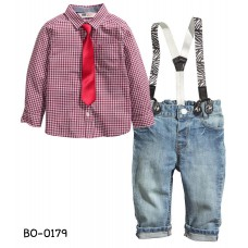 BO0179 ชุดเอี๊ยมเด็กผู้ชาย H&M เสื้อเชิ๊ตแขนยาวลายตารางสีแดง + เนคไทสีแดง + สายเอี๊ยมลายม้าลาย + กางเกงยีนส์ (4ชิ้น)