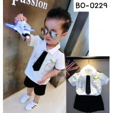 BO0229X  << สินค้ามีตำหนิ >> ชุดนักบินเด็กผู้ชาย เสื้อสีขาว เนคไทด์และ กางเกงขาสั้น สีดำ (3ชิ้น) S.110