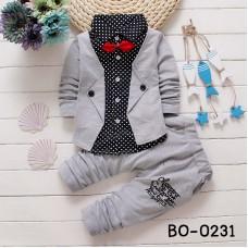 BO0231 ชุดเด็กผู้ชายออกงาน เสื้อเชิ๊ตสีดำลายจุดสูทสีเทาเย็บติด หูกระต่ายแดง กางเกงขายาวสีเทา (3ชิ้น)
