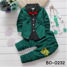 BO0232 ชุดเด็กผู้ชายออกงาน เสื้อเชิ๊ตสีดำลายจุดสูทสีเขียวเย็บติด หูกระต่ายแดง กางเกงขายาวสีขียว (3ชิ้น)