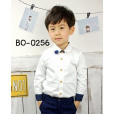 BO0256 เสื้อเชิ๊ตเด็กผู้ชายออกงาน คอปกสีขาวแขนยาวขอบแขนกรมท่า แต่งเข็มกลัดปกเสื้อลายกุหลาบ (2ชิ้น) S.150