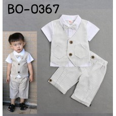 BO0367 ชุดเด็กผู้ชายออกงาน กั๊กเย็บติด แขนสั้น ติดหูกระต่าย และกางเกง ลายทางสีขาว (2ชิ้น)