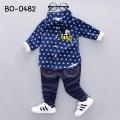 BO0482 ชุดเด็กผู้ชาย เสื้อเชิ๊ตแขนยาวลายจุดสีน้ำเงิน ปักมิกกี้เมาส์ และกางเกงยีนส์ (2ชิ้น)