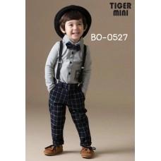 BO0527 ชุดเด็กผู้ชายออกงาน เสื้อคอปกแขนยาวสีเทา หูกระต่าย สายเอี๊ยม และกางเกงขายาวลายสก๊อต (4ชิ้น)