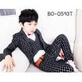 BO0593A เสื้อกั๊กเด็กผู้ชายออกงาน ลายตาราง สีดำ