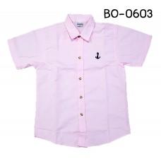 BO0603 เสื้อเชิ๊ตเด็กผู้ชาย คอปกแขนสั้น ปักลายสมอเรือที่อกซ้าย สีชมพู S.150