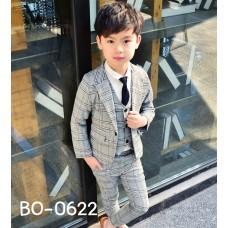 BO0622 ชุดสูทเด็กผู้ชายออกงาน เด็กโต สุดคุ้ม เสื้อสูท + เสื้อกั๊ก + กางเกงขายาวลายสก๊อตสีเทาน้ำตาล (3ชิ้น)