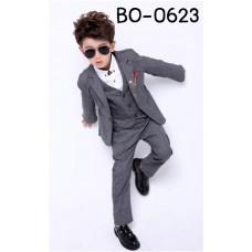 BO0623 ชุดสูทเด็กผู้ชายออกงาน เด็กโต สุดคุ้ม เสื้อสูท + เสื้อกั๊ก + กางเกงขายาวสีเทาควันบุหรี่ (3ชิ้น) S.160