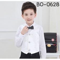 BO0628 เสื้อกั๊กเด็กผู้ชายสีขาว แต่งลายผ้าลูกไม้และคริสตัล สีขาว