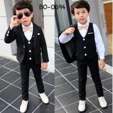 BO0694 ชุดสูทเด็กผู้ชายออกงาน เสื้อคลุมสูทแขนยาว กั๊ก และกางเกงขายาว สีดำ (3ชิ้น) S.140