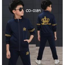 CO0189 ชุดวอร์มเด็กผู้ชาย เด็กโต เสื้อคลุมกันหนาวแขนยาวซิปหน้า ลายมงกุฎ+ กางเกงวอร์ม สีกรมท่า (2ชิ้น)