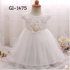 GI1475 ชุดราตรีเด็กเล็ก แขนสั้นช่วงบนแต่งลูกไม้ติดไข่มุกและดอกไม้ สีขาว S.90