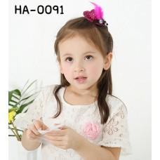 HA0091 กิ๊บติดผมเด็กผู้หญิง หมวกผู้ดีอังกฤษสุดหรู แต่งขนนก ไข่มุกและเพชร 2 เม็ด มี 6 สี