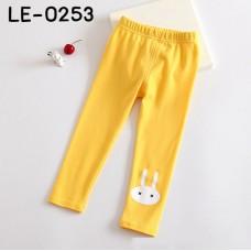 LE0253 กางเกงเลคกิ้งเด็กผู้หญิง ขายาว สกรีนหน้ากระต่ายสีขาวที่ปลายขา สีเหลือง