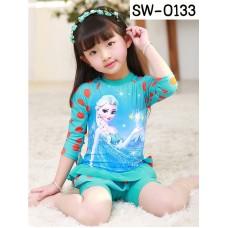 SW0133 ชุดว่ายน้ำเด็กผู้หญิง แบบบอดี้สูทขาสั้น แขนยาว ลายโฟรเซ่น พร้อมหมวกว่ายน้ำ สีฟ้า (2ชิ้น)