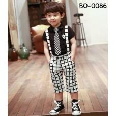 bo0086 ชุดออกงานเด็กผู้ชาย เสื้อ Play แขนสั้นสีดำ + เนคไท + กางเกงเอี๊ยมลายตารางสีขาวตัดกรมท่า (3ชิ้น)