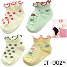 it0029 ถุงเท้าเด็กผู้หญิง มีปุ่มกันลื่นขอบย่น แพ็ค 4 คู่