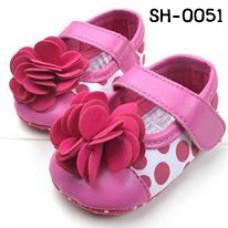 SH0051 รองเท้าหัดเดินเด็กเล็ก Pre-Walker สายคาดลายจุดใหญ่ ติดดอกไม้ดอกโต สีชมพู 11cm