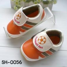 SH0056 รองเท้าผ้าใบเด็กผู้ชาย พื้นยาง ลาย football fan สีส้ม (มีกล่อง) S.12.5cm.