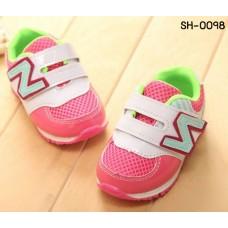 SH0098 รองเท้าผ้าใบเด็ก พื้นยาง สายคาด New Balance สีชมพูขอบเขียว