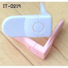 IT0219 ที่ล๊อคด้านข้างลิ้นชักตู้  3M Drawer Safety Lock  2 ชิ้น/แพ็ค มี 2 สี